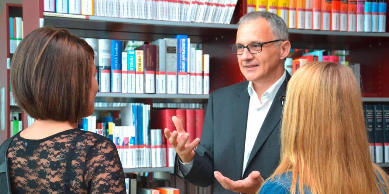Fachhochschule bei Frauen beliebt