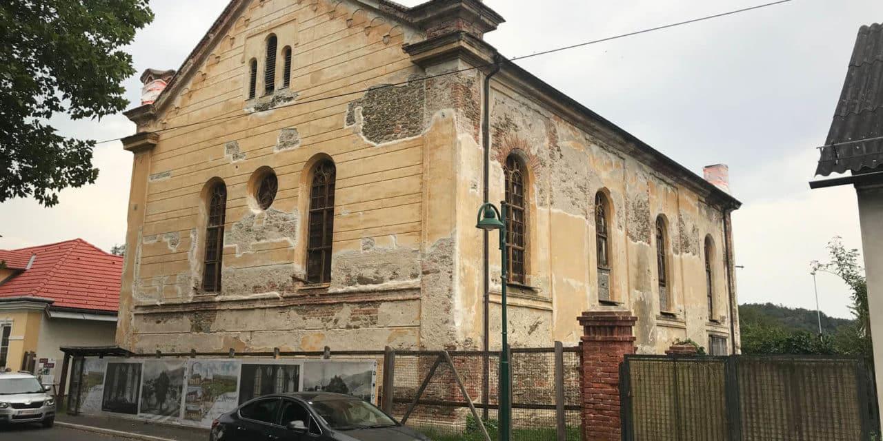 Vom jüdischen Tempel zum Waldfriedhof